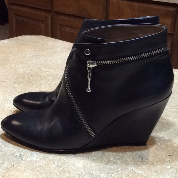 Belle By Sigerson Morrison Zip Wedge